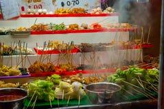 Stalla dell'alimento con alimento malese tipico Immagini Stock
