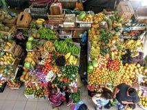 Stalla della frutta a Cuenca, Ecuador Immagine Stock