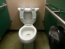 Stalla della toilette degli uomini fotografia stock libera da diritti