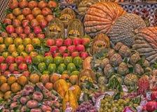 Stalla variopinta della frutta Immagini Stock Libere da Diritti