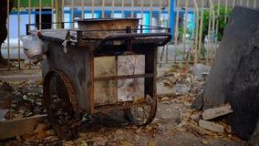 Stalle asiatique sur des roues photographie stock libre de droits