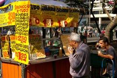 Stalle d'aliments de préparation rapide de rue Photo libre de droits