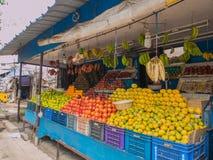 Stalle de fruit dans l'Inde Photo stock