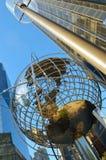 Stalowa kula ziemska przy Kolumb okręgiem Fotografia Royalty Free