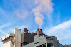 Stalowej rośliny inscenizowania czerwieni chmura Fotografia Stock