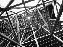 Stalowej struktury architektury budowy abstrakta tło obraz stock