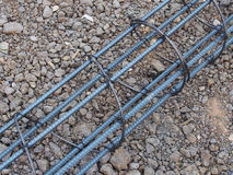 Stalowi prącia lub bary używać wzmacniać betonowych techników obrazy royalty free