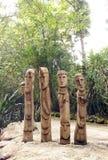 stam- afrikanska skulpturer Arkivfoton