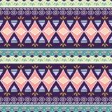 Stam- sömlös sparretriangelmodell Dekorativ traditionell tappning för afrikanskt tryck färgrik abstrakt bakgrund tecknad hand vektor illustrationer