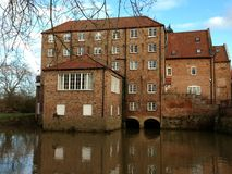 Stamford Bridge Cornmill building on the river royalty free stock photography