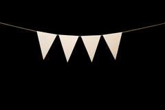 Stamina, quattro triangoli bianchi su corda per il messaggio dell'insegna Immagine Stock Libera da Diritti