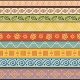 Stammen gestreept hand getrokken naadloos patroon. Royalty-vrije Stock Foto's