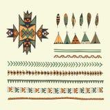 Stammen inheemse Amerikaanse hand getrokken reeks van symbolen en ontwerp elem Stock Fotografie