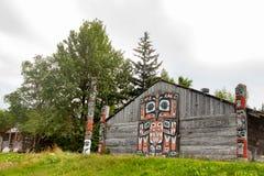 Stammenhuis in Haines, Alaska stock foto's