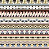Stammes- gestreiftes nahtloses Muster. Lizenzfreie Stockfotos