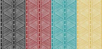 Stammes- nahtloses ethnisches afrikanisches Muster mit Linien Stockfotografie