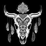 Stammes- Tierschädelillustration mit ethnischen Verzierungen Stockfotos