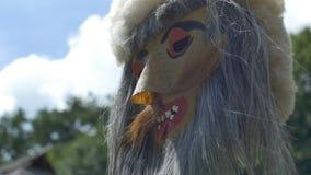Stammes- traditionelle Maske stock footage