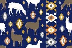 Stampa animale etnica Modello senza cuciture di vettore con i lama su fondo beige Immagini Stock Libere da Diritti