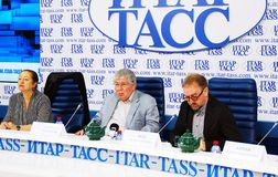 Stampa-conferenza internazionale di festival cinematografico di Mosca Fotografia Stock Libera da Diritti