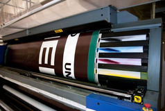 Stampa di Digitahi - pressa larga di formato Fotografie Stock