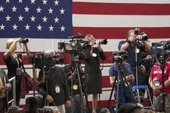Stampa nazionale e cineoperatori della TV Immagini Stock Libere da Diritti