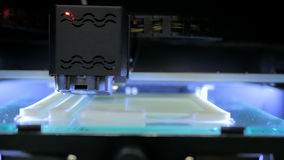 stampante 3D durante il lavoro Fotografie Stock