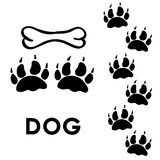 Stampe della zampa del cane illustrazione di stock