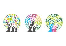 Stamträdlogo, familj, förälder, unge, hjärta, barnuppfostran, omsorg, cirkel, hälsa, utbildning, vektor för symbolsymbolsdesign Royaltyfri Fotografi