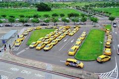 Stand de taxi dans la gare de longeron à grande vitesse de Hsinchu Photos libres de droits