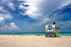 stand du sud de Miami de maître nageur de la Floride de plage Photographie stock libre de droits