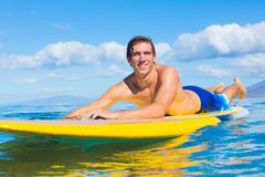 Stand Up Paddle Surfing In Hawaii Royalty Free Stock Photography