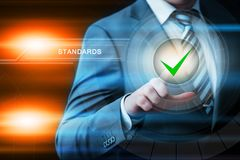 Standard - kontrola jakości certyfikata zapewnienia gwaranci technologii Internetowy Biznesowy pojęcie Obraz Royalty Free