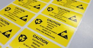 Standardowa ostrożności etykietka z tekstem & x22; Caution& x22; dla Elektrostatycznego Sen fotografia royalty free