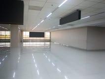 Standardowy Lotniskowy Hall Z Nadokiennego szkła wnętrzem Fotografia Royalty Free
