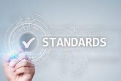 Standardy, kontrola jakości, zapewnienie, ISO, Checkbox na wirtualnym ekranie obraz stock