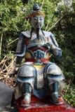 Standbeeld bij boeddhistische tempel Stock Fotografie