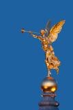 Standbeeld bij nacht Royalty-vrije Stock Afbeelding