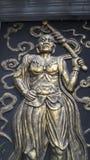 Standbeeld bij tempel Stock Fotografie
