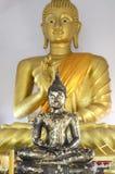 Standbeeld Boedha Stock Afbeeldingen