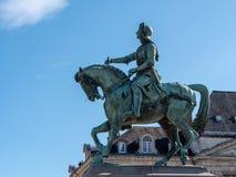 Standbeeld in de stad van Orléans stock foto's
