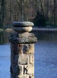 Standbeeld die zich in het park bevinden Royalty-vrije Stock Foto