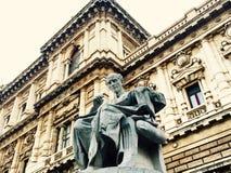 Standbeeld het denken standbeeld Royalty-vrije Stock Foto's