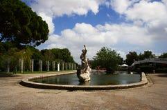 Standbeeld in het park Royalty-vrije Stock Afbeeldingen