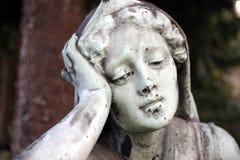Standbeeld II van de begraafplaats stock foto's