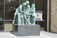 Standbeeld op de Starpoint-School bij TCU, Fort Worth, Texas royalty-vrije stock afbeeldingen