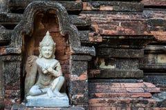 Standbeeld op een muur in Bagan, Myanmar royalty-vrije stock foto's