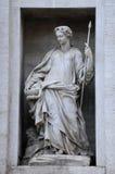 Standbeeld op Palazzo Poli Royalty-vrije Stock Afbeeldingen