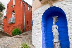 Standbeeld in Portmeirion-dorp royalty-vrije stock foto's