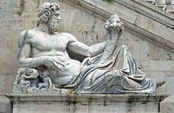 Standbeeld in Rome stock afbeelding